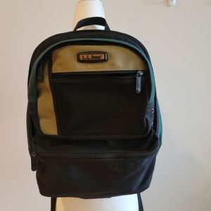 L.L BEAN Backpack Green and Black